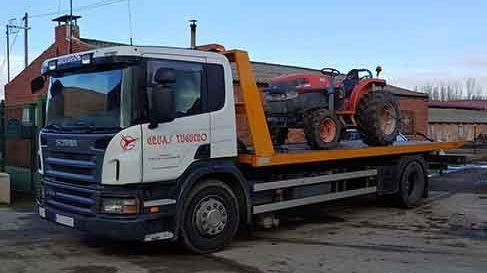 servicio de transporte de maquinaria agricola en valladolid